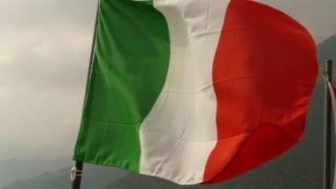 Italien bekommt von EU Rechtlehre erteilt